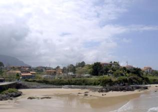 Campamento internacional de surf e inglés en Celorio-6