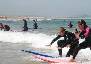 Campamento internacional de surf e inglés en Celorio-9