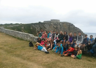 Campamento internacional de surf e inglés en Celorio-13
