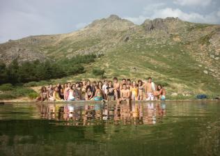 Camp-Aventura CAMPAMENTO MULTIAVENTURA PARA JOVENES