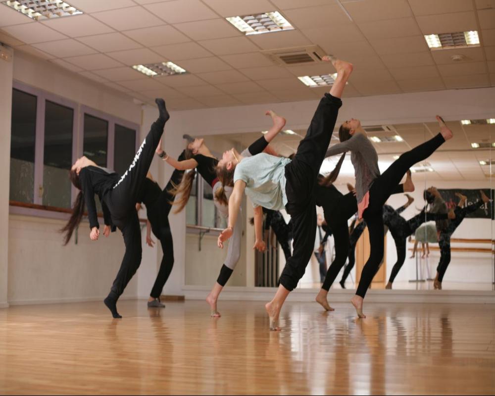 Curso Intensivo de Danza